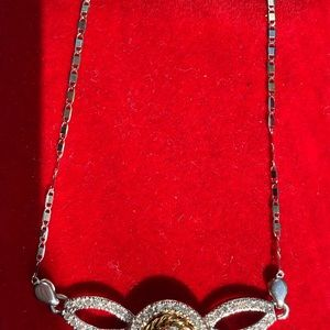 14k two toned necklace with dias pendant